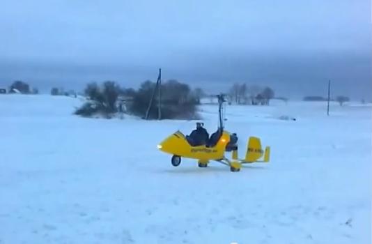 Vad använder man bäst en snöstorm till?  -  Jo flyger Gyrokopter så klart!